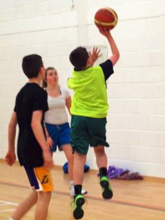 Kevin Burke goes to the hoop