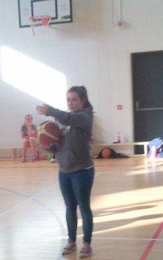 Amy Duggan gives direction at 3on3